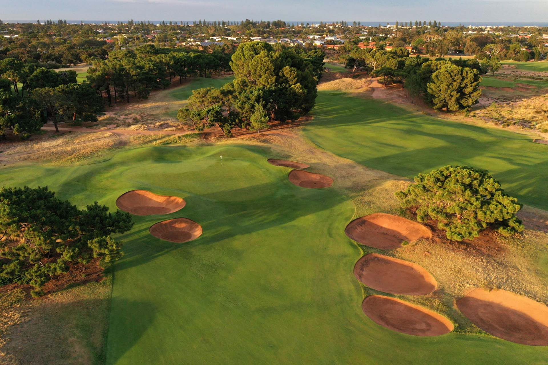 Royal Adelaide Golf Club - Par 5, 2nd Green / Photo: Gary Lisbon Golf Photography