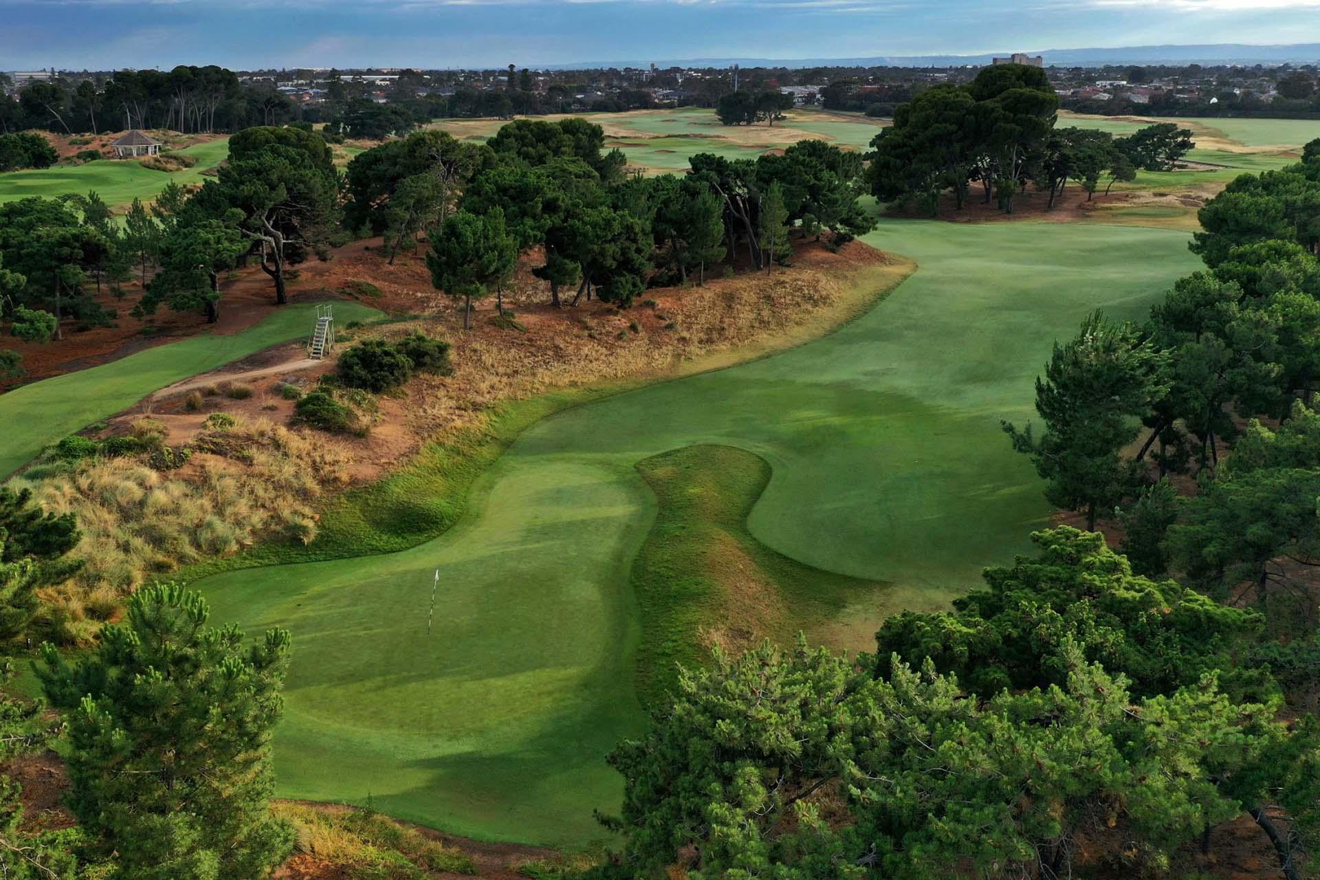 Royal Adelaide Golf Club - Par 4, 3rd Hole / Photo: Gary Lisbon Golf Photography
