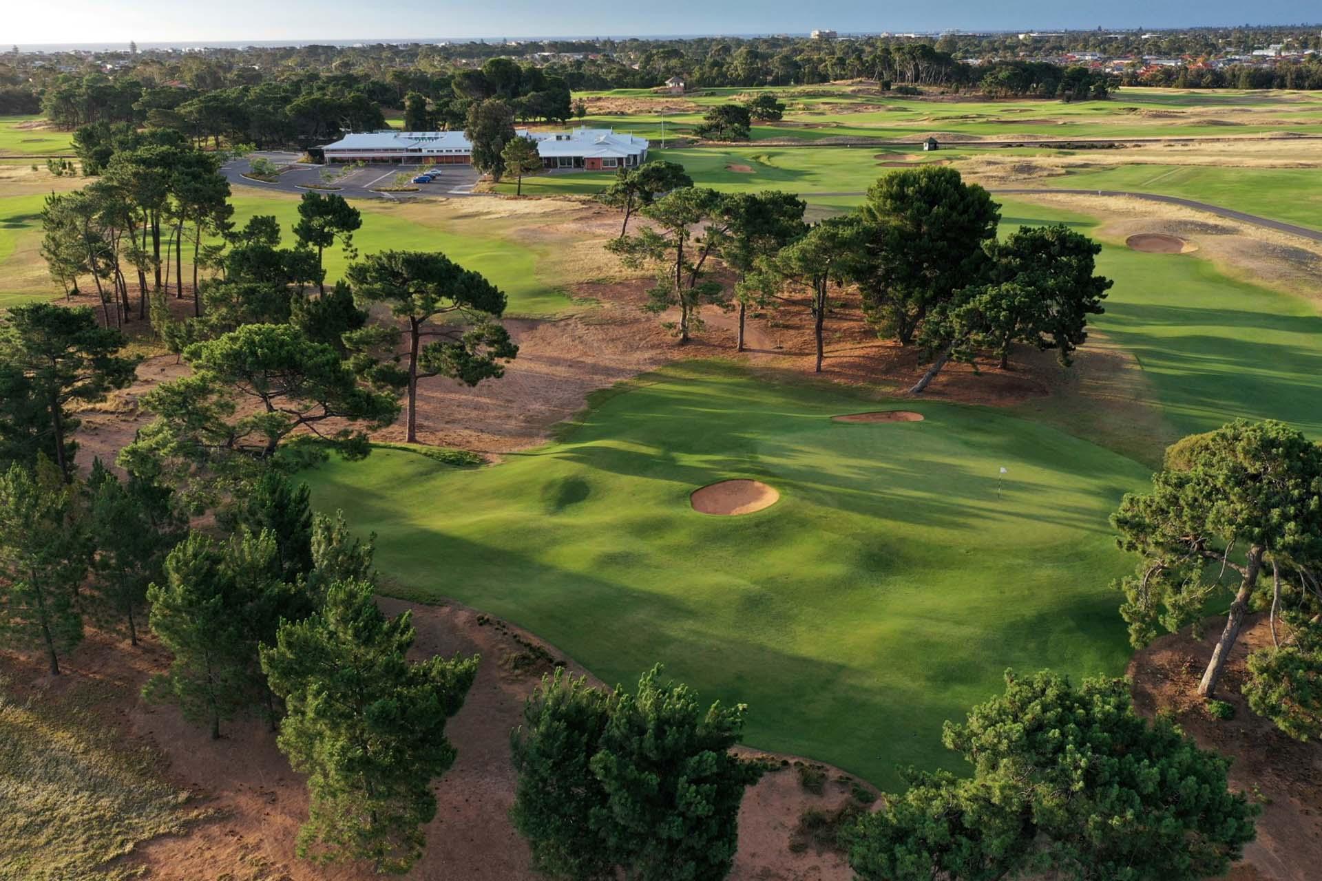 Royal Adelaide Golf Club - Par 4, 14th Hole / Photo: Gary Lisbon Golf Photography
